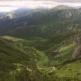 10 La vall queda enrere